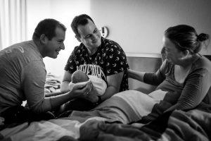 Draagmoeder-thuisbevalling-zwanger-voor-een-ander